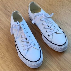 Platform Low Top Converse size 8.5
